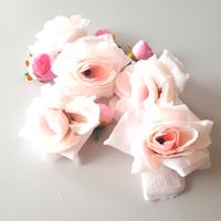 Künstliche Blüten