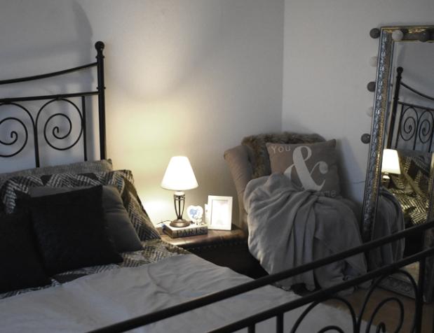 Helle Räume trotz dunkler Möbel